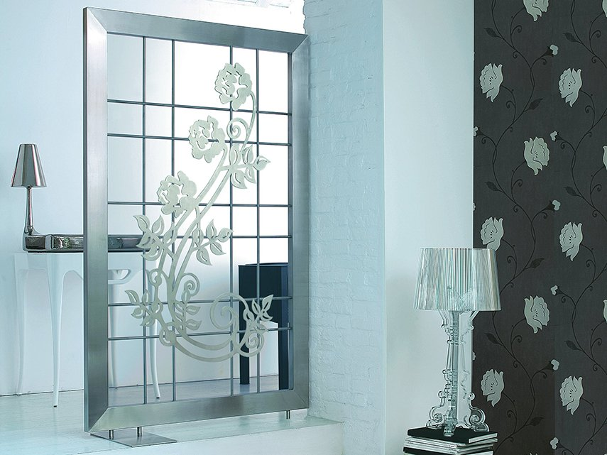 Screen Electric stainless steel decorative radiator by Scirocco H
