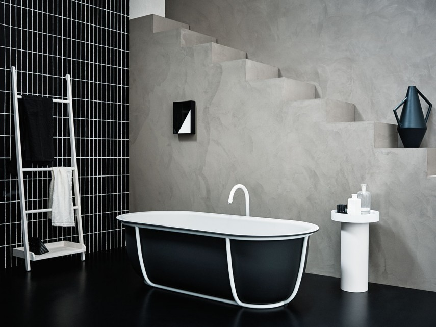 This free standing tub has style