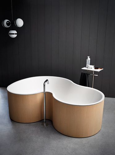 Built for two - a tub for couples