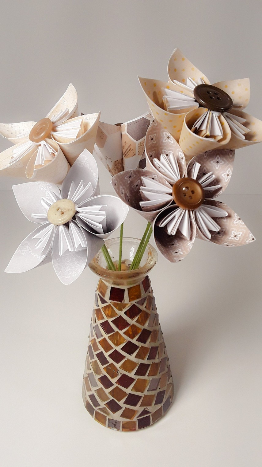 Kusudama flowers - paper and buttons