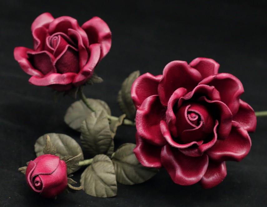 Leather artificial flowers
