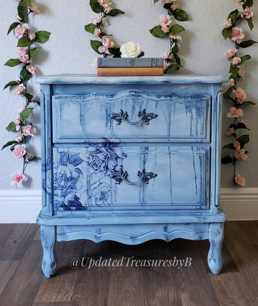 Floral Blue design on this painted furniture