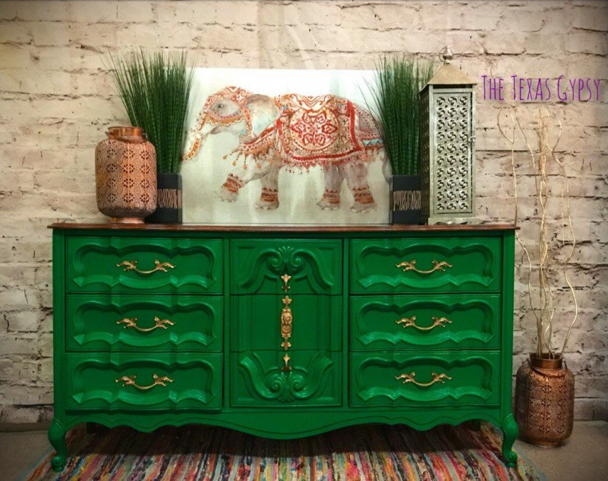 This piece is custom painted with gold hardware - such a green!