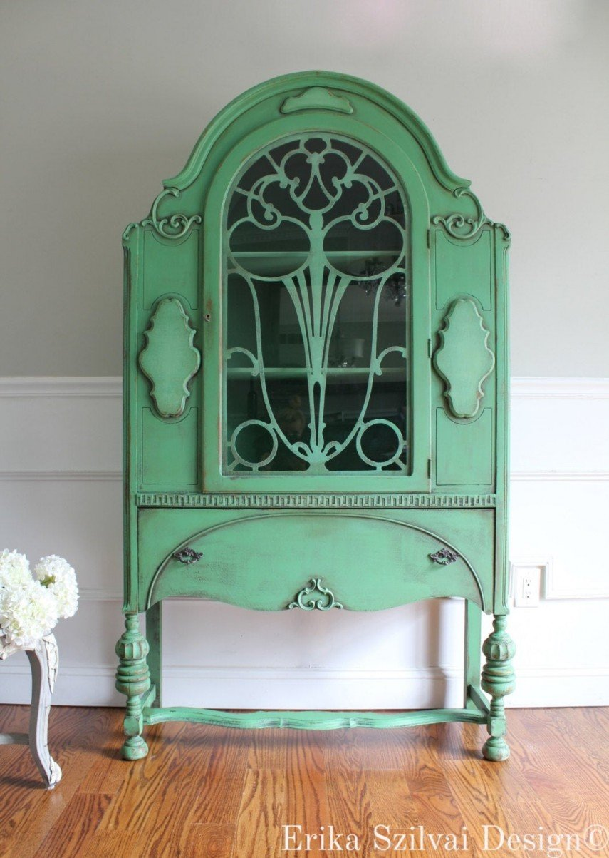 This painted cabinet has a sublime distressed look
