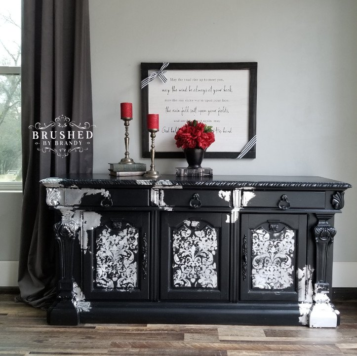 You can get artsy with your decorative painted furniture