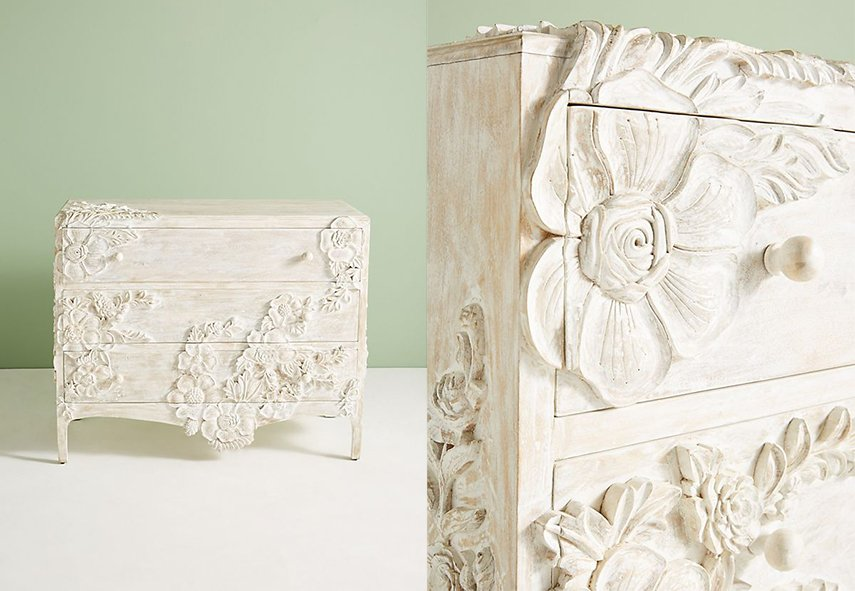 The sculpted frieze style of this piece enchants us