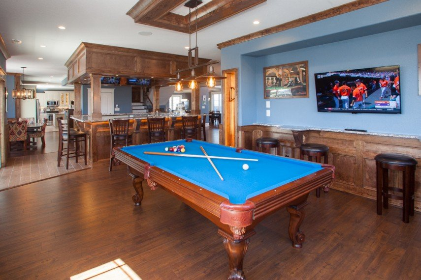 A sports bar decor in the billiards room