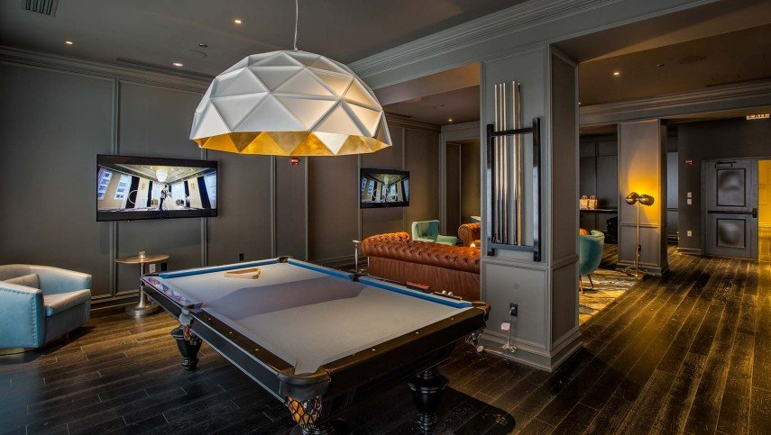 A dome light for over the pool table