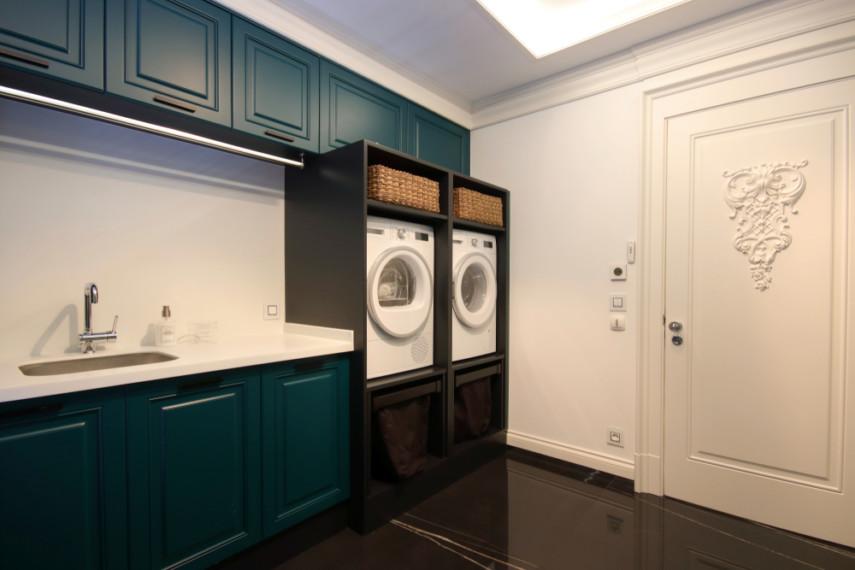 Front load washer and dryer raised off floor eliminates bending