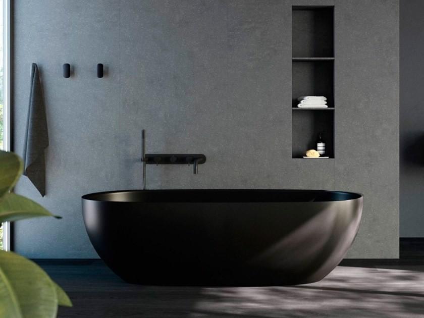 black oval bathtub