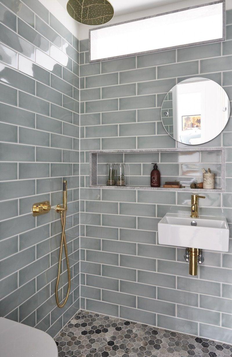 shower niche with mirror