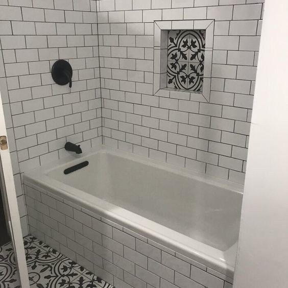 detailed shower niche tiling