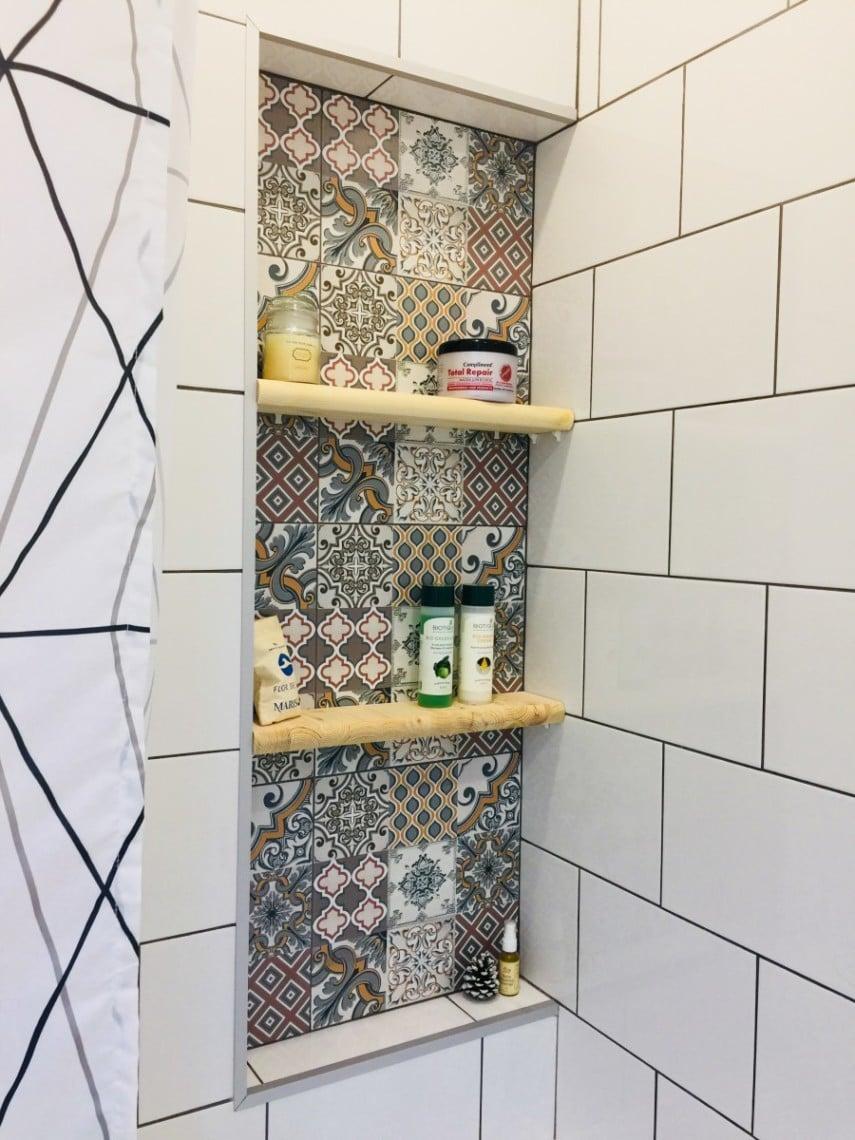 decorative Moroccan tile shower niche
