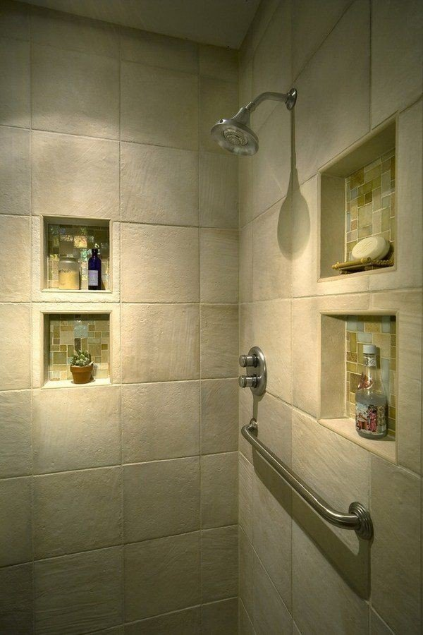 shower with multiple niches
