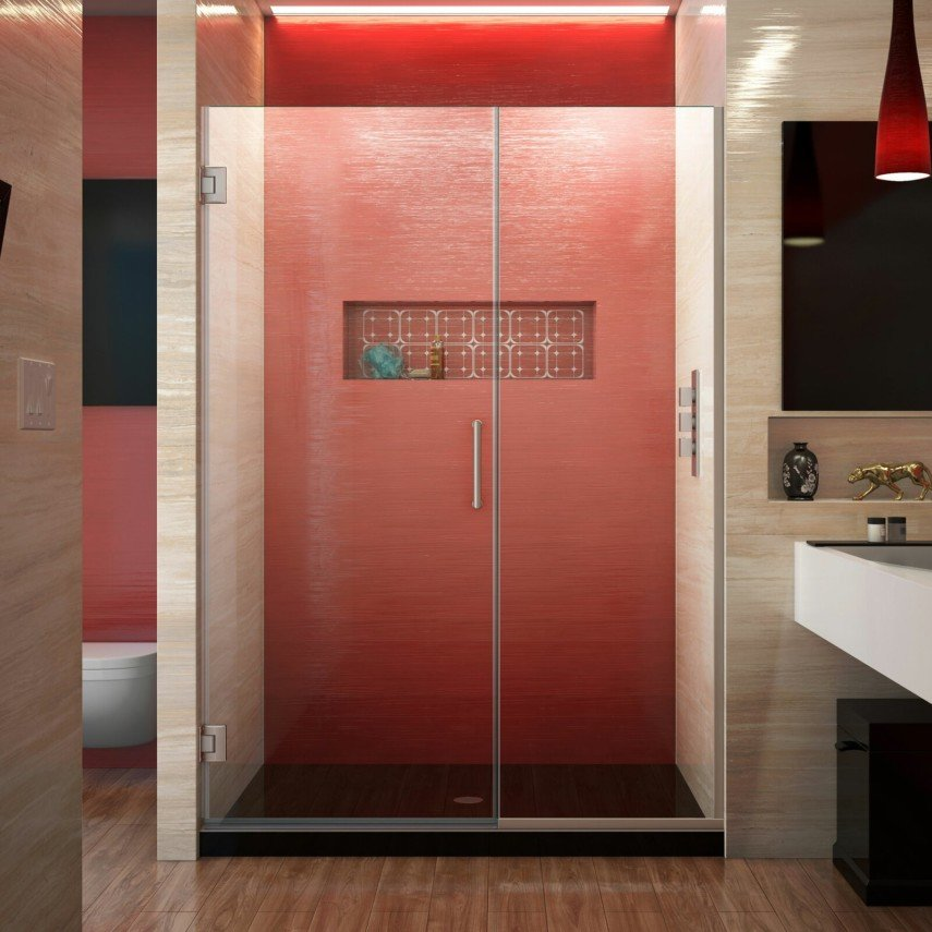 red shower and niche