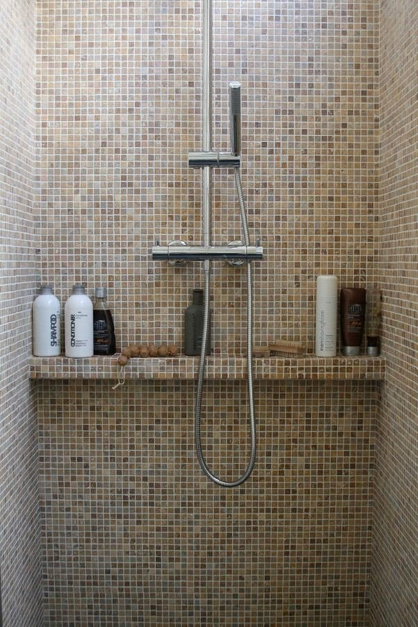 simple shower shelf