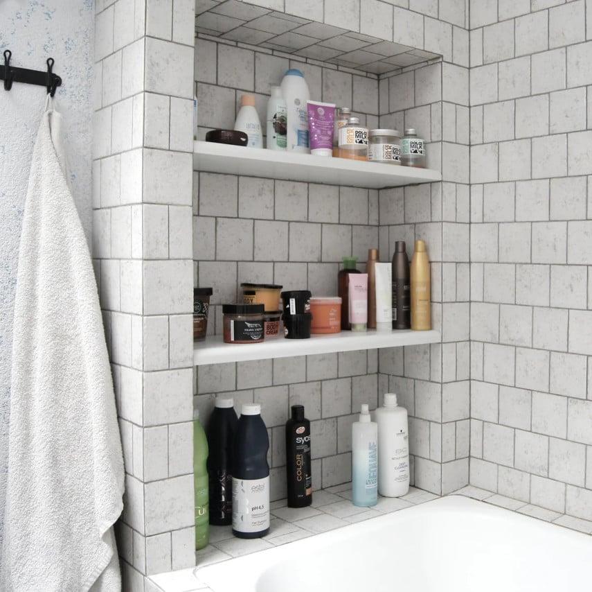 classic shower niche