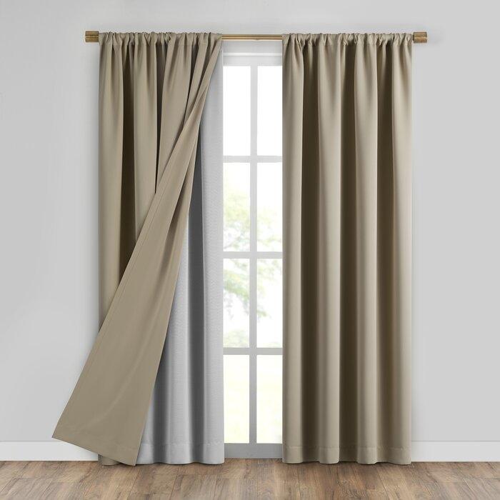 Curtain liner design
