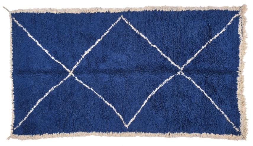 Shag style rug
